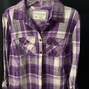 Women's button up plaid shirt